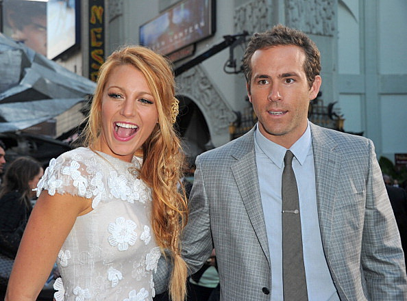Actors Blake Lively (L) and Ryan Reynolds