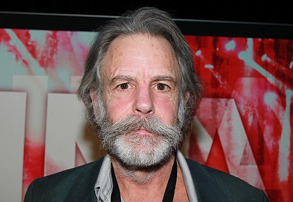 bob weir collapses onstage