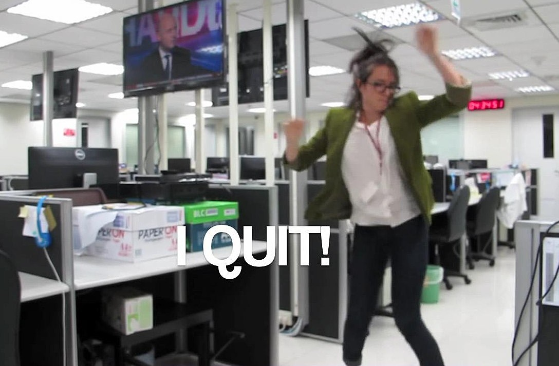 Girl Quits Job Dancing To Kanye