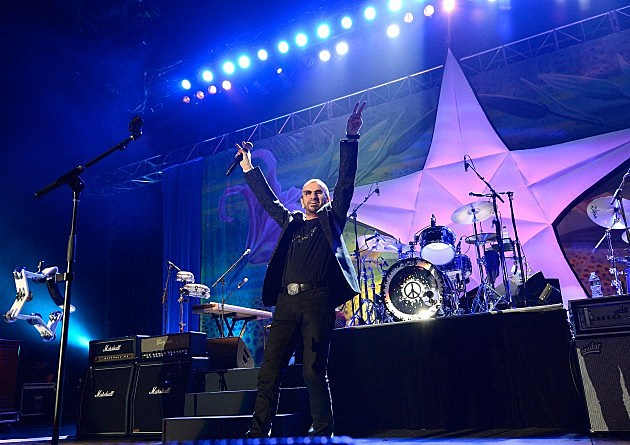 Ringo Starr On Stage