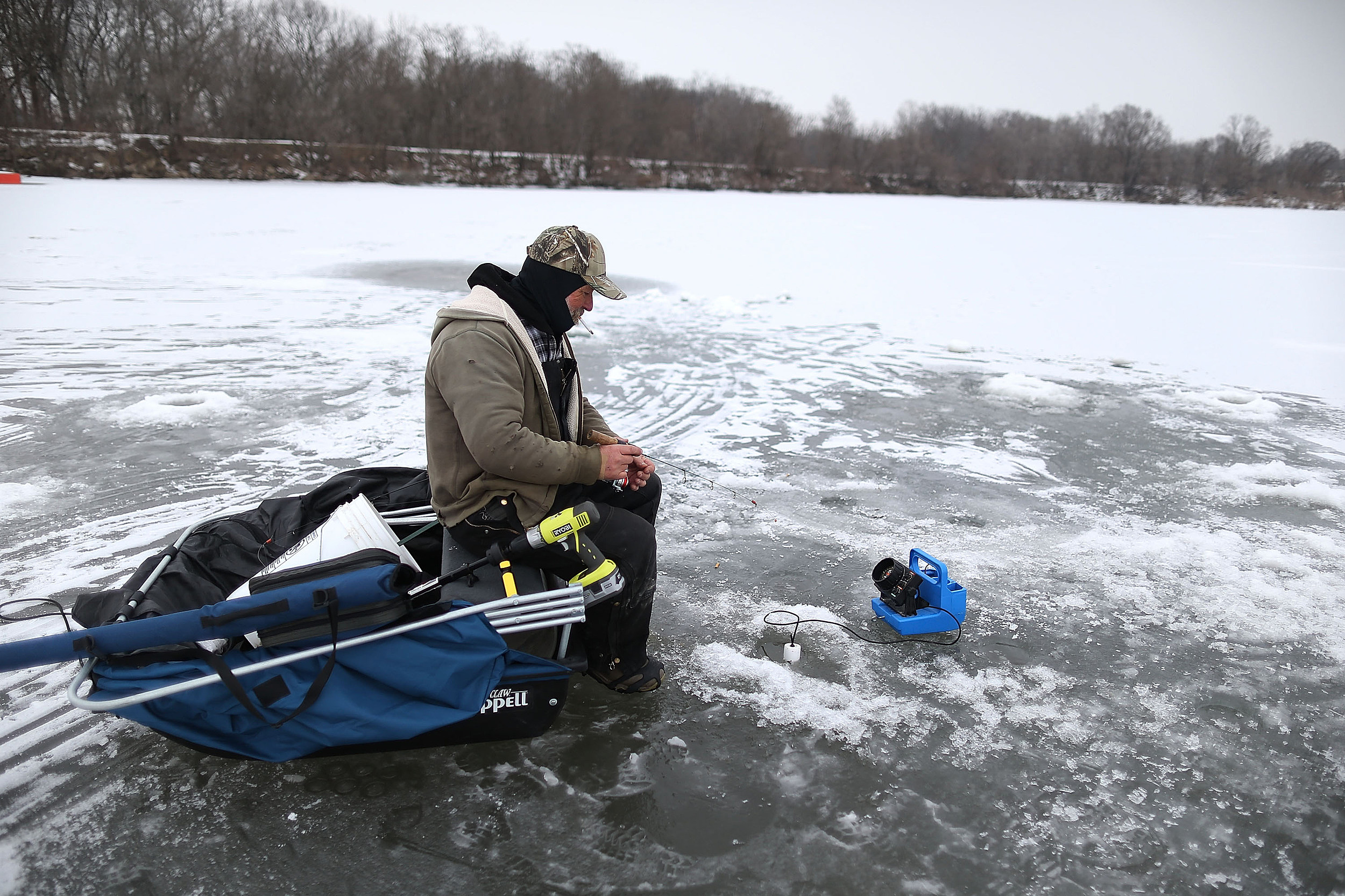 Ice fishing derby on hinckley lake saturday february 25th for Ice fishing tournament