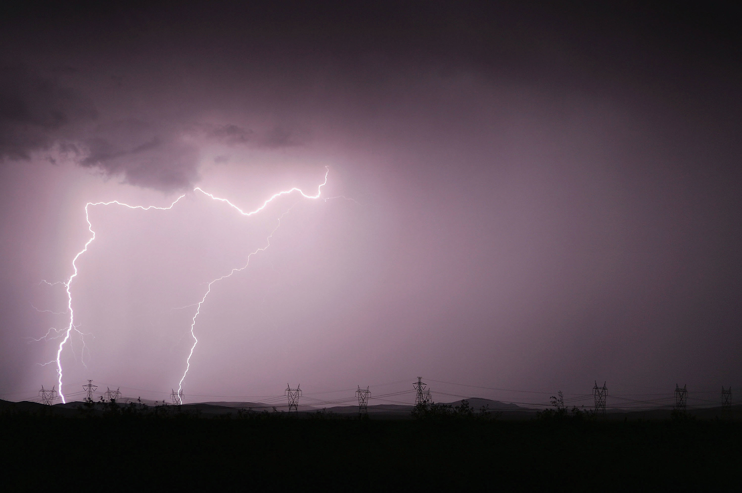 Strong Thunderstorms Return To Southern California